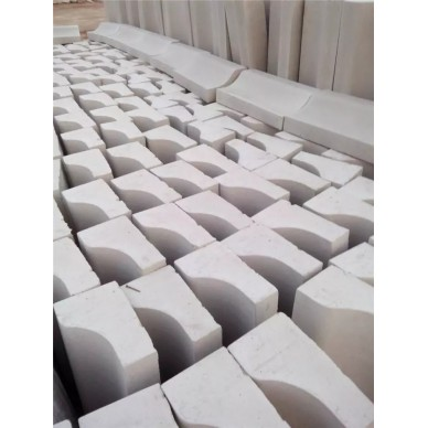 S型月牙石路边石图片如下 600×300×100