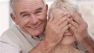 早期老年性白内障的症状有哪些