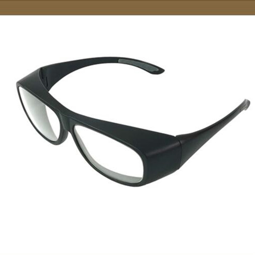 普鲁泰克42号眼镜和90号眼镜